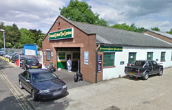 P E T S Tyre Fitting Centre Portsmouth Po6 4rj